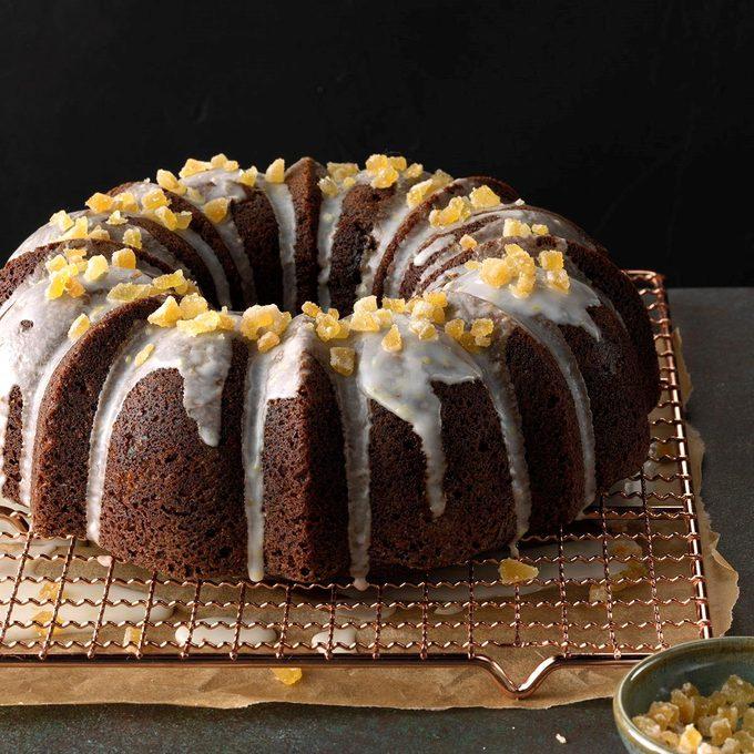 Ginger Walnut Bundt Cake Exps Fbmz18 63606 C05 08 8b 3