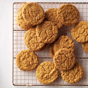 Gingerbread Oatmeal Cookies