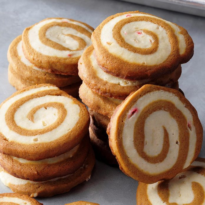Gingerbread Peppermint Pinwheels Exps Hccbz18 157779 B05 29 6b 3