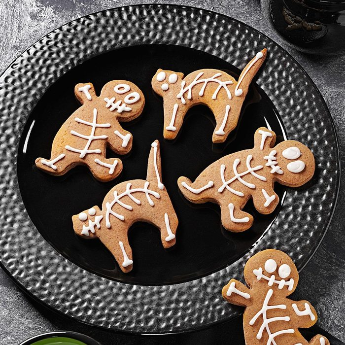 Gingerbread Skeletons Exps159637 Uh2464847a03 15 1bc Rms 7