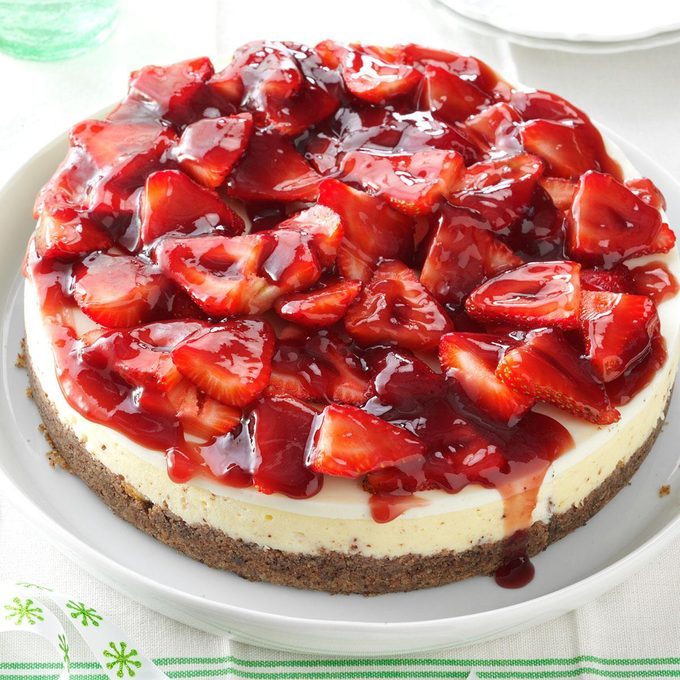 Glazed Strawberry Cheesecake Exps161794 Thca143053d07 11 10b Rms 2