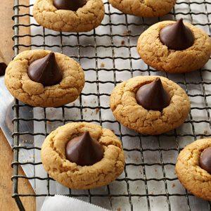 Gluten-Free Peanut Butter Kiss Cookies