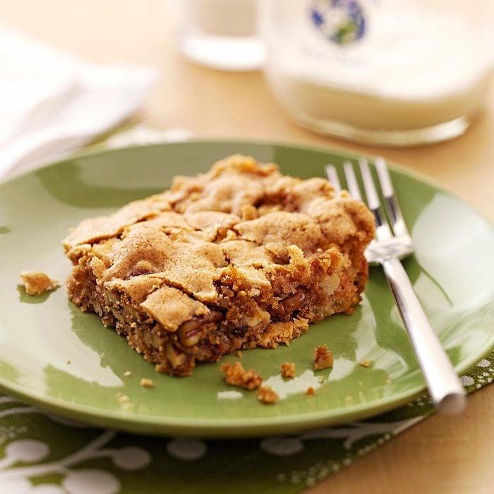 Golden Apple Snack Cake