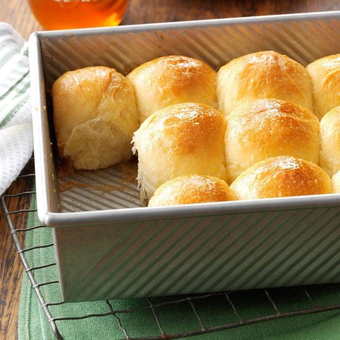 Golden Honey Pan Rolls