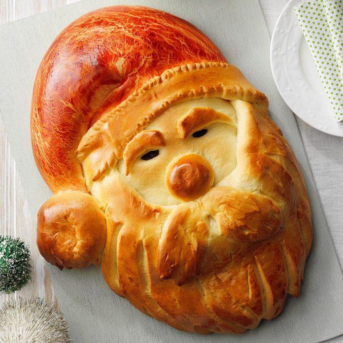 Golden Santa Bread Exps Hca20 35968 05 27 E 6b 1