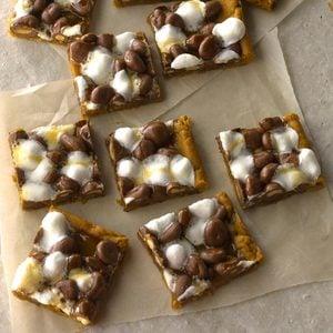 Gooey Chocolate-Peanut Bars