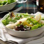 Gorgonzola-Pear Mesclun Salad