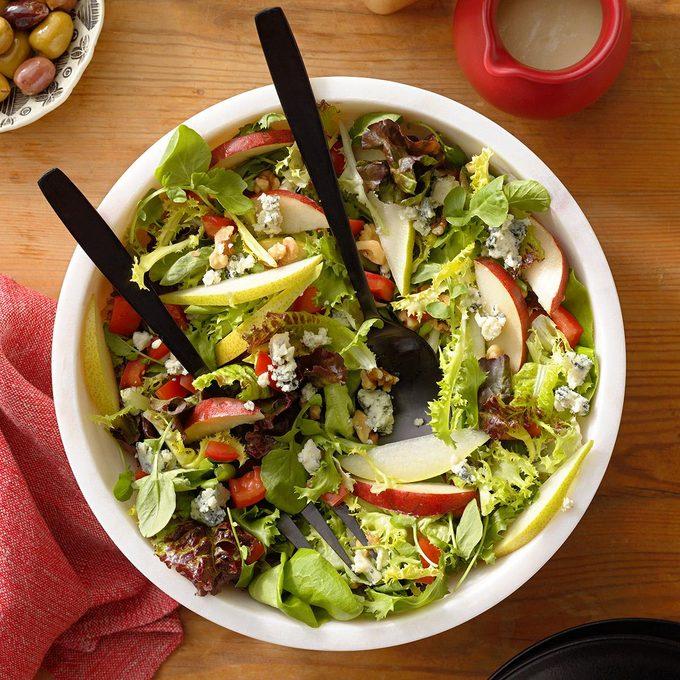 Gorgonzola Pear Salad Exps Thdj22 34268 B07 29 4b 6