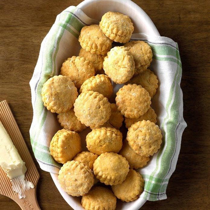 Grandma S Sweet Potato Biscuits Exps Sddj19 16409 C07 24 2b 5