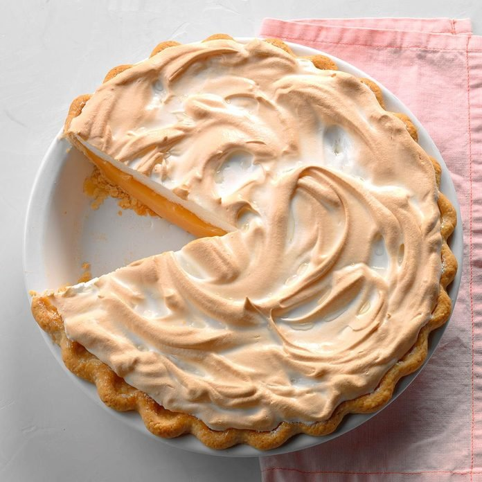 Grapefruit Meringue Pie Exps Jmz18 10182 D03 01 10b 1