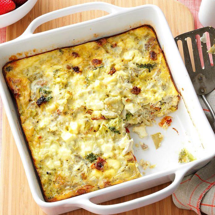 Greek Breakfast Casserole Exps168280 Hcka143243b08 29 2bc Rms 6