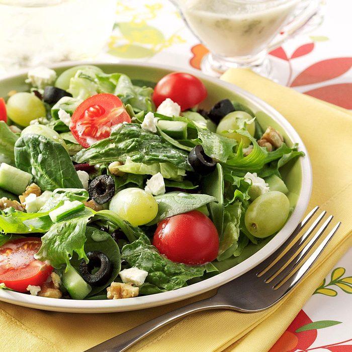 Greek Salad With Green Grapes Exps119248 Baftb2307047b03 02 9b Rms 2