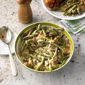 Green Beans in Bacon Cheese Sauce