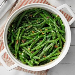 Green Beans with Creamy Pistachio Sauce