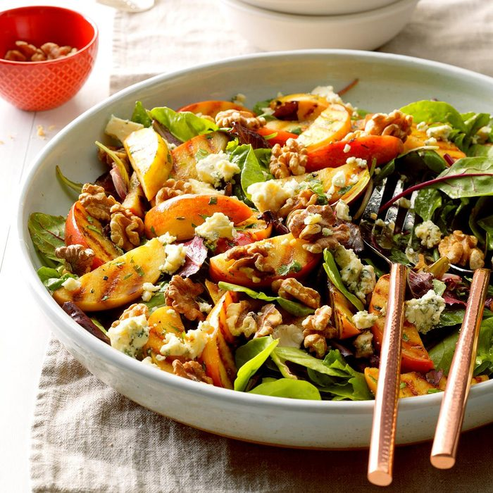 Grilled Apple Tossed Salad Exps Sdas17 33475 B04 06 4b 6