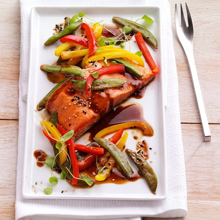 Grilled Asian-Inspired Salmon Packets