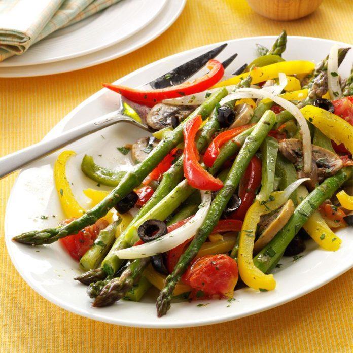 Grilled Asparagus Medley