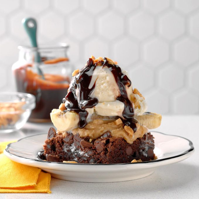 Grilled Banana Brownie Sundaes