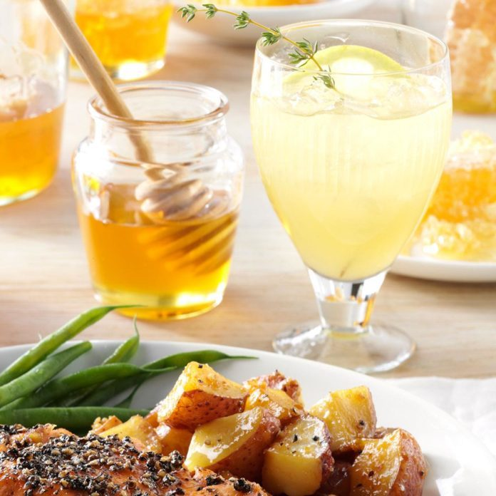 Grilled Lemon & Thyme Lemonade