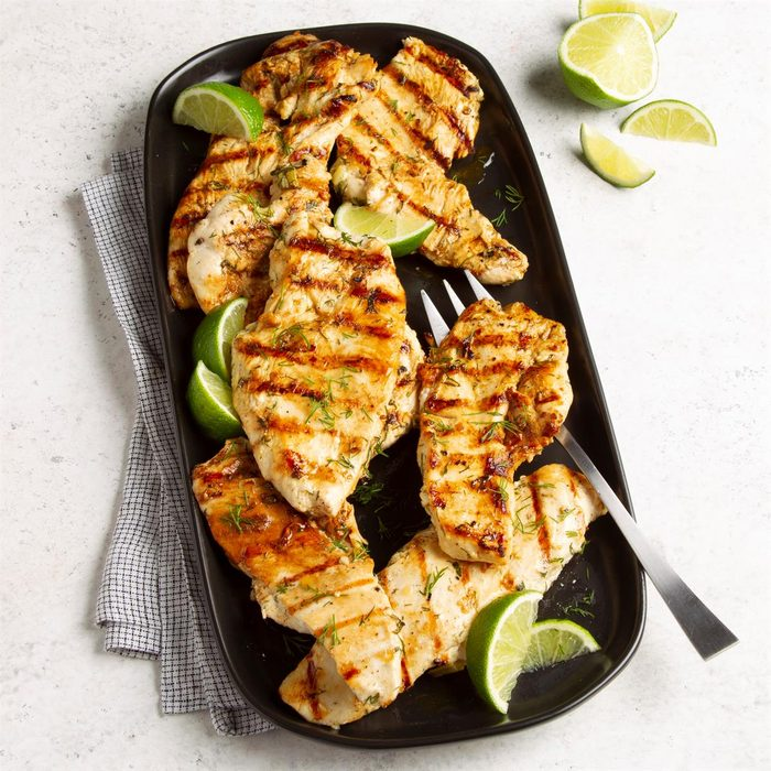 Grilled Lime Chicken Exps Ft21 343 F 0512 1 1 4