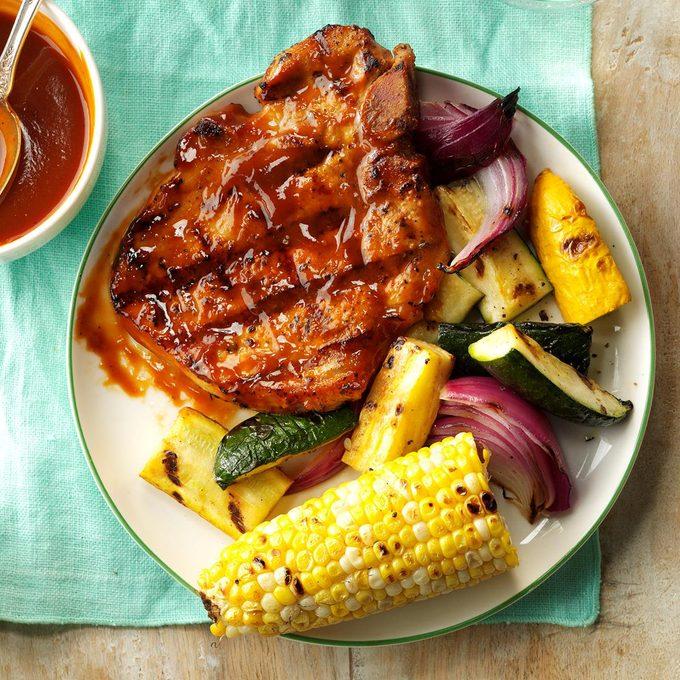 Grilled Pork Chops With Smokin Sauce Exps Hck17 168330 C08 24 6b 4