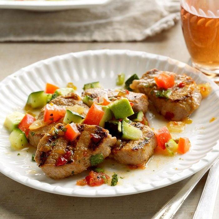 Grilled Pork With Avocado Salsa Exps Cwjj17 23767 B02 24 2b 2