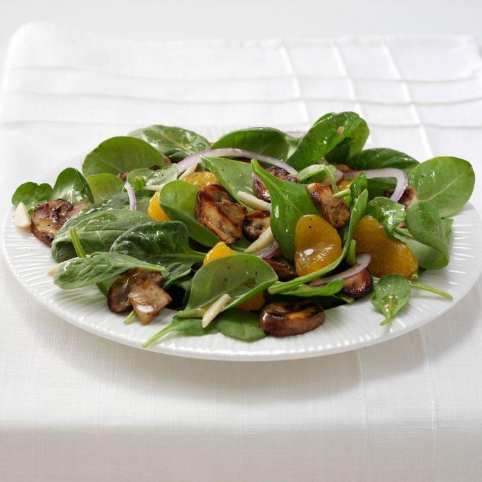 Grilled Portobello Spinach Salad