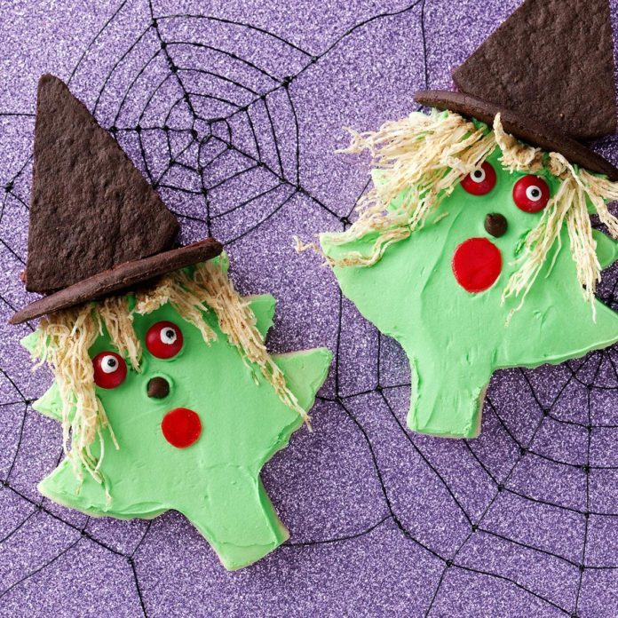 Witches Made With a Christmas Tree Cutter