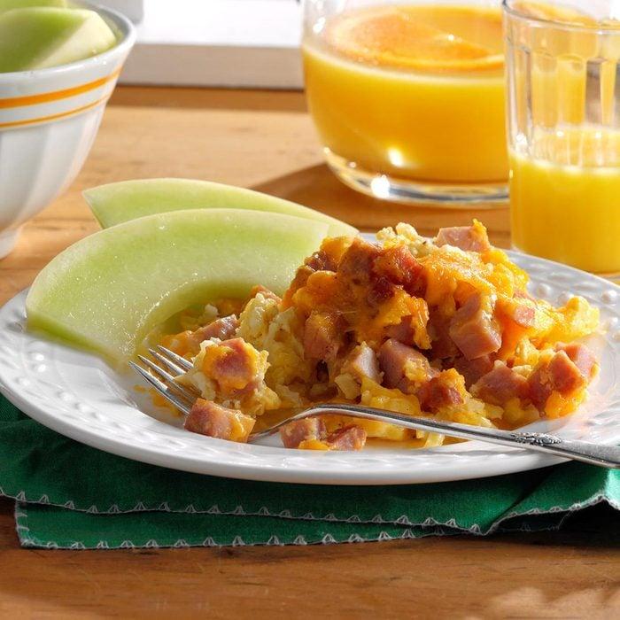 Ham & Cheddar Breakfast Casserole