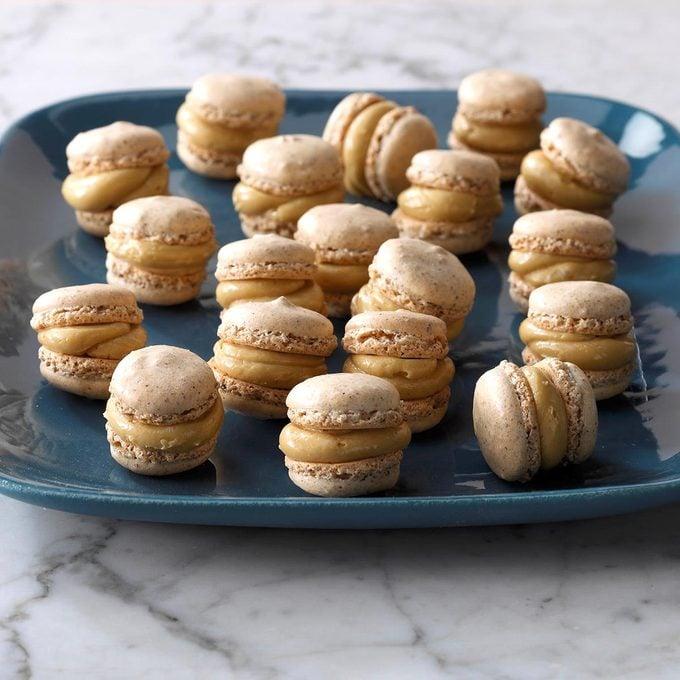 Hazelnut Macarons Exps Hca18 136963 B02 22 4b 6