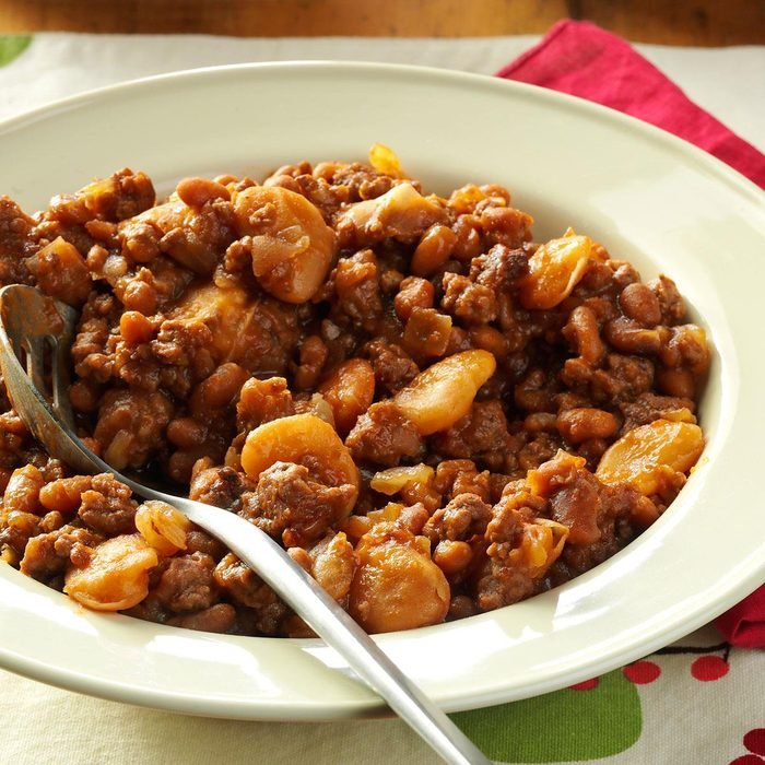 Hearty Beans with Beef