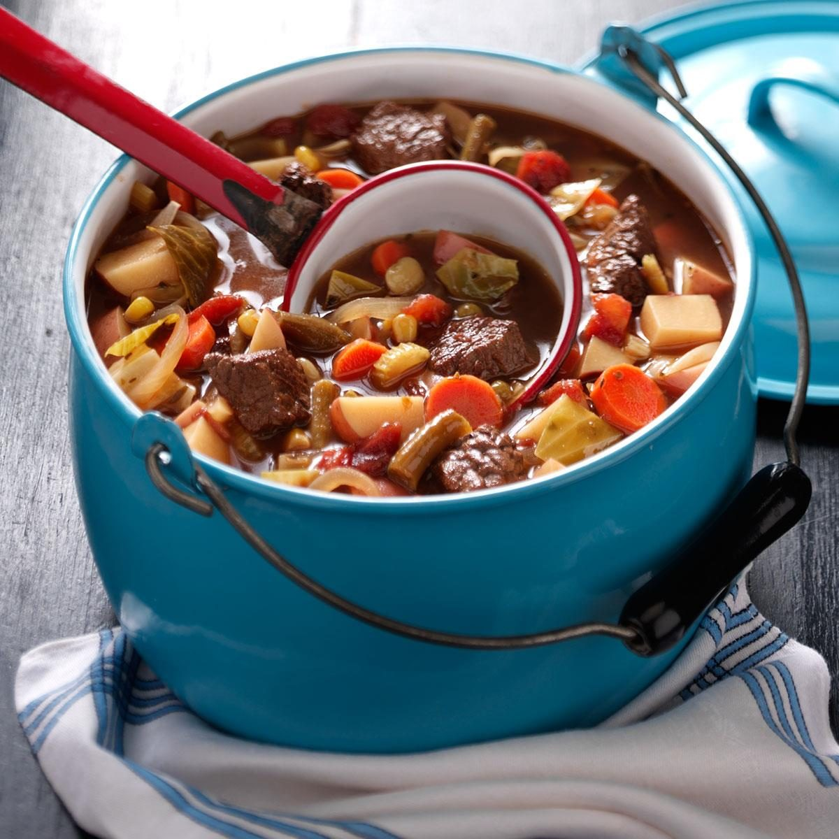 Alabama: Hearty Beef and Vegetable Soup