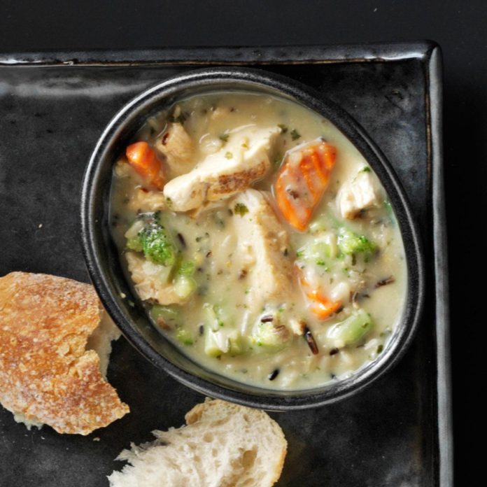 Hearty Chicken & Wild Rice Soup