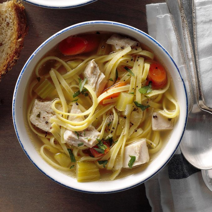Hearty Homemade Chicken Noodle Soup Exps Sscbz18 25438 B10 18 3b