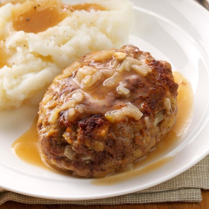Hearty Salisbury Steaks Exps44395 Sd143204b12 04 4bc Rms 4