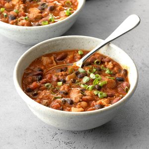 Hearty Sausage-Chicken Chili