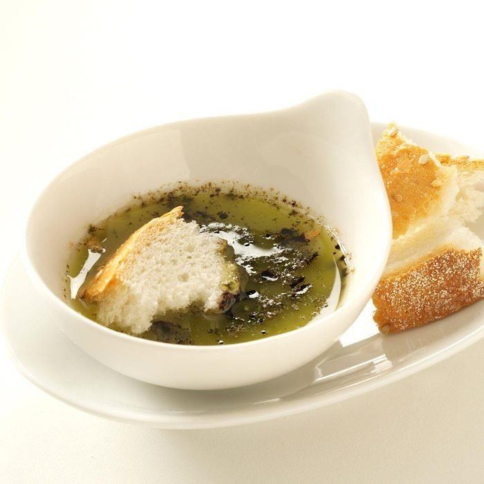 Herbed Garlic Dipping Oil