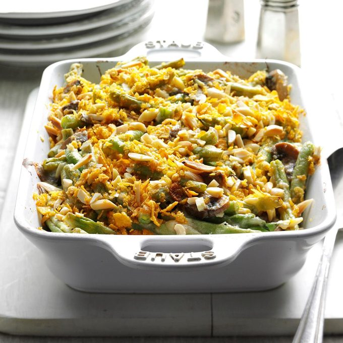 Holiday Green Bean Casserole Exps Hpbz16 41617 B05 25 6b 4