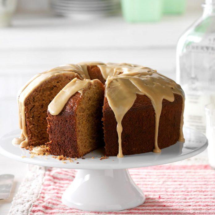 Day 21: Holiday Honey Cake