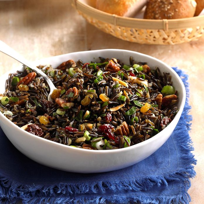 Holiday Rice Salad Exps Thca18 29499 C04 27 1b 1