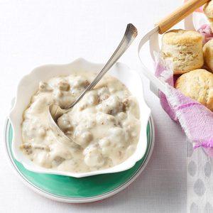 Homemade Biscuits & Maple Sausage Gravy