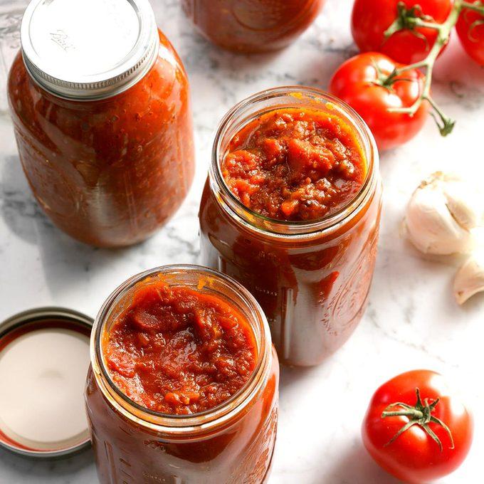 Homemade Canned Spaghetti Sauce Exps Thjj17 49558 D02 01 4b 12