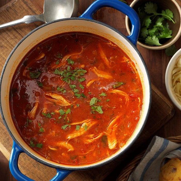 Homemade Chicken Tortilla Soup Exps Thfm17 29319 C09 28 5b 13