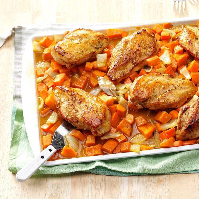 Honey Roasted Chicken Root Vegetables Exps Thn16 152384 06b 15 1b 3