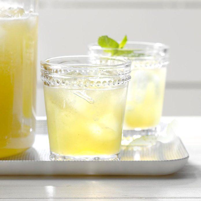 Iced Honeydew Mint Tea Exps Jmz18 196875 B03 01 1b 6