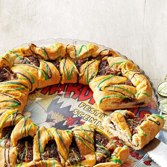 King Cake with Cream Cheese Filling