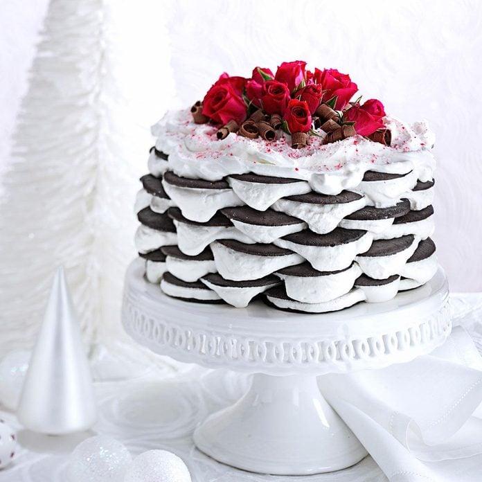 Layered Peppermint Icebox Cake