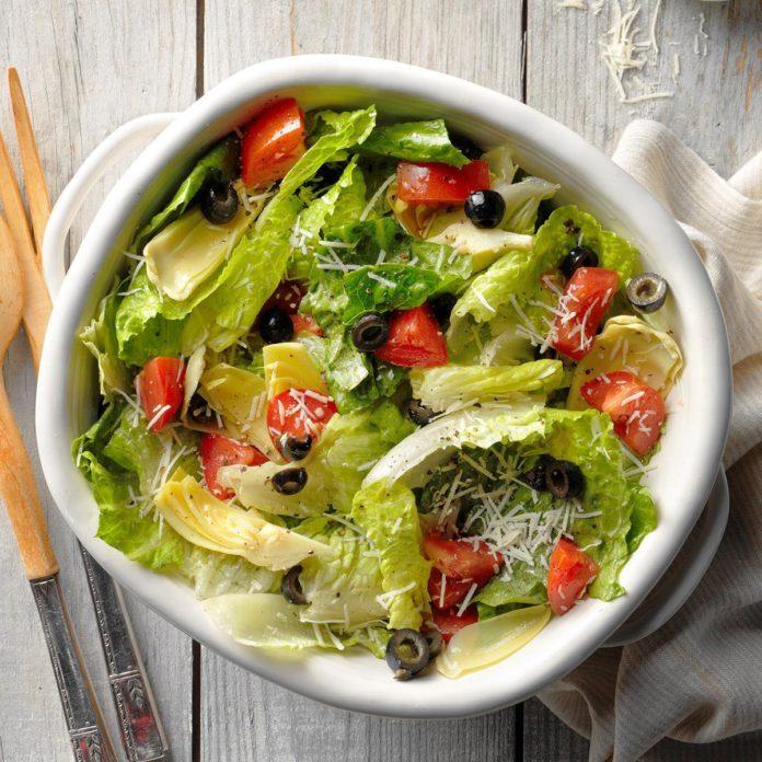Lemon Artichoke Romaine Salad