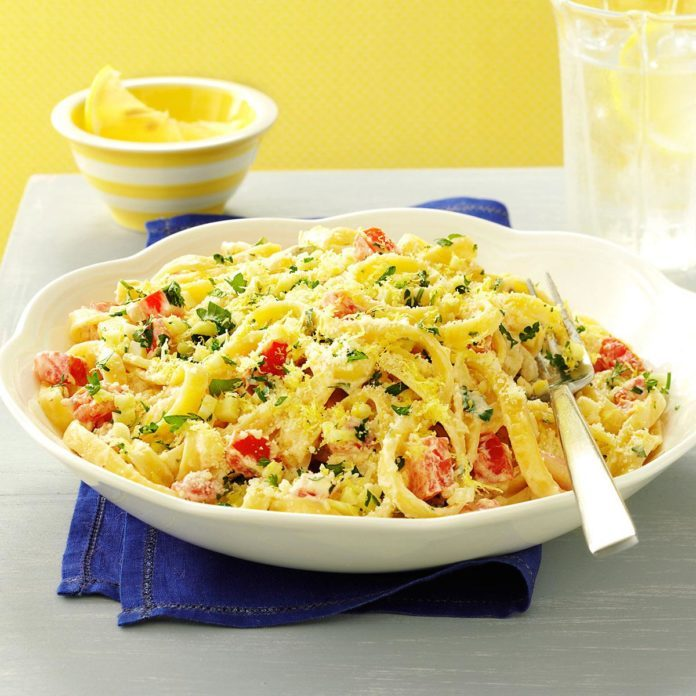 Lemon-Garlic Cream Fettuccine