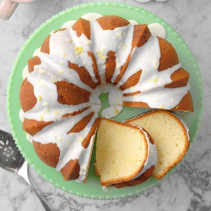 Lemon Lover's Pound Cake